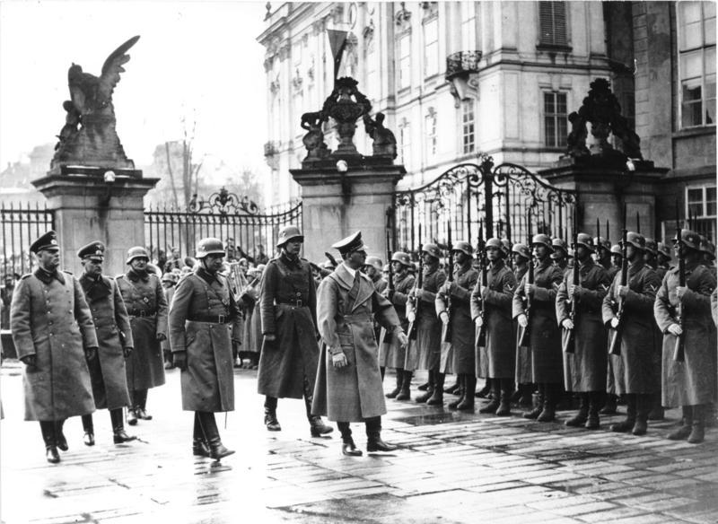 Hitler entering Prague Castle, 15 March, 1939. Photo courtesy of the German Federal Archives, Bundesarchiv, Bild 183-2004-1202-505 / CC-BY-SA 3.0