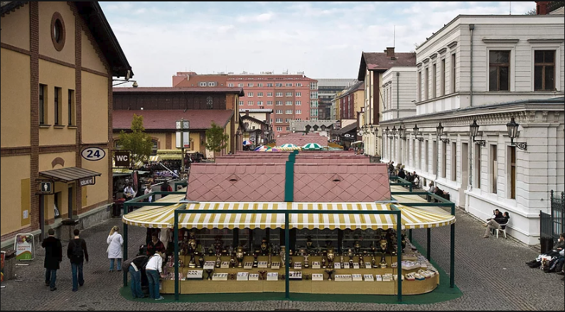Center view of the market, source: prazska-trznice.cz