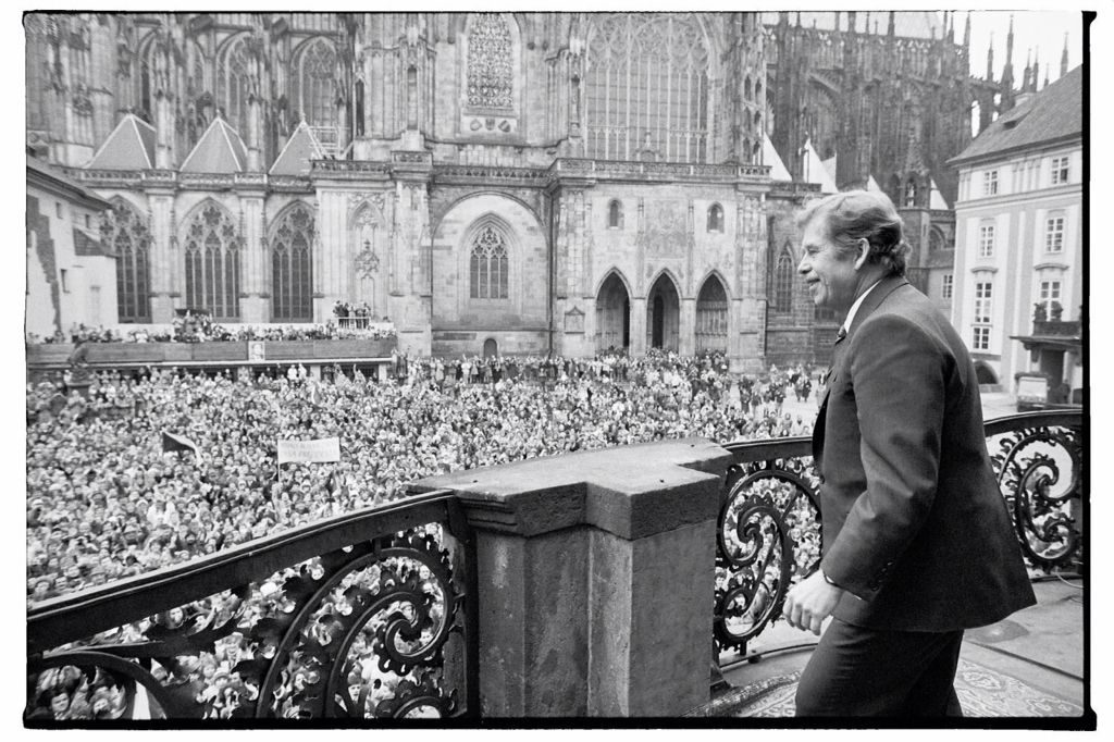 Vaclav Havel during his first public speach as a president.